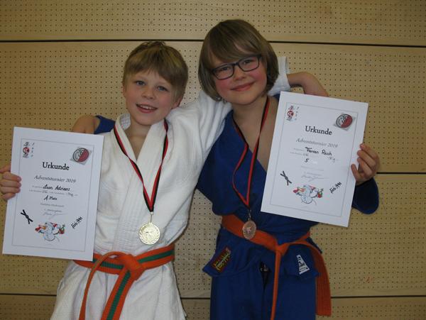 Leon und Florian beim Judo Adventsturnier Teisendorf
